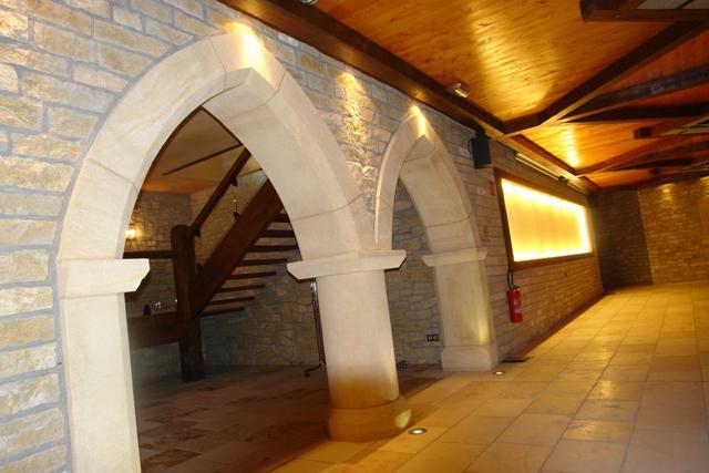 Taille de pierre int rieur for Taille porte interieur